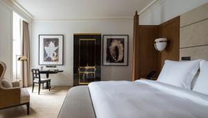Premier Room king bed
