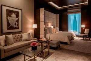 Executive Room Two Twin Beds