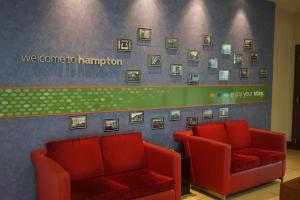 Hampton by Hilton Luton Airport (23 of 24)
