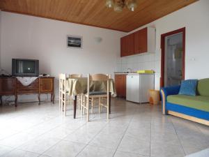 Apartments CICO Starigrad Paklenica, Ferienwohnungen  Starigrad-Paklenica - big - 32