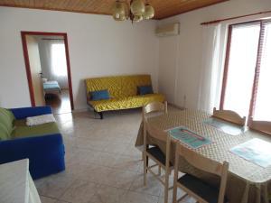 Apartments CICO Starigrad Paklenica, Ferienwohnungen  Starigrad-Paklenica - big - 36