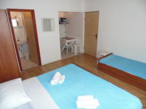 Apartments CICO Starigrad Paklenica, Ferienwohnungen  Starigrad-Paklenica - big - 39