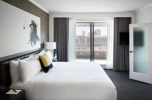 Premium One-Bedroom King Suite with Balcony