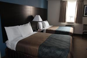 Econo Lodge Sudbury, Hotely  Sudbury - big - 12