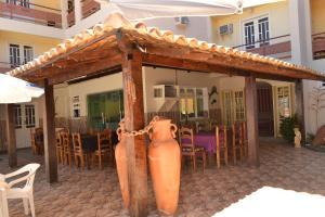 Hotel Brisa dos Abrolhos, Hotels  Alcobaça - big - 8