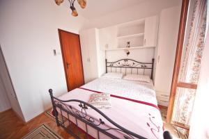 Apartments Vila Miranda, Apartmanok  Barbat na Rabu - big - 8