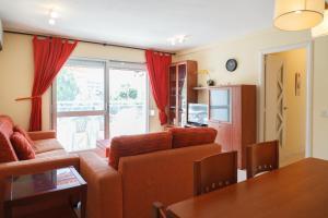 UHC Rhin-Danubio Apartments, Apartments  Salou - big - 47