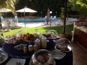 Villa Azolata B&B, Bed and Breakfasts  Partinico - big - 16