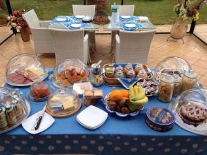 Villa Azolata B&B, Bed and Breakfasts  Partinico - big - 20