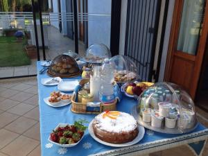 Villa Azolata B&B, Bed and Breakfasts  Partinico - big - 12