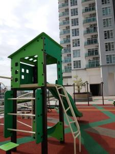 Urban Sanctuary Resort Condo @ Larkin, Appartamenti  Johor Bahru - big - 8