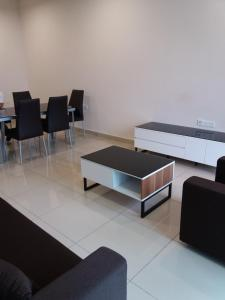 Urban Sanctuary Resort Condo @ Larkin, Appartamenti  Johor Bahru - big - 3