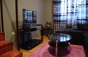 Dunavska Duplex Apartment, Apartmanok  Újvidék - big - 12
