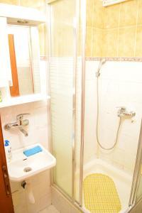 Dunavska Duplex Apartment, Apartmanok  Újvidék - big - 15