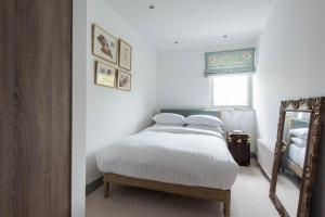 onefinestay - South Kensington private homes III, Apartmány  Londýn - big - 6