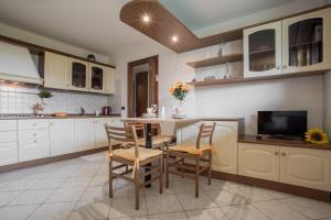 Residence Raffaello, Apartmanok  Padova - big - 5