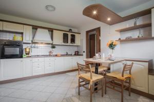 Residence Raffaello, Apartmanok  Padova - big - 1
