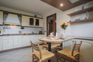 Residence Raffaello, Apartmanok  Padova - big - 7