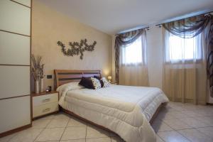 Residence Raffaello, Apartmanok  Padova - big - 13