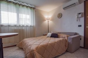 Residence Raffaello, Apartmanok  Padova - big - 17