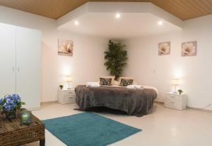 West Side Guesthouse, Hostely  Peniche - big - 54