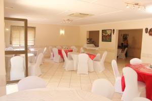 Etuna Guesthouse Court, Pensionen  Ongwediva - big - 24