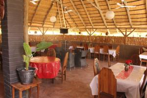 Etuna Guesthouse Court, Pensionen  Ongwediva - big - 23
