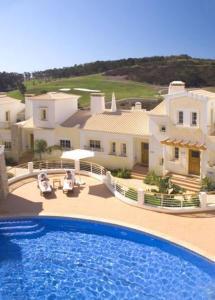 Quinta da Encosta Velha – Santo António, Villas, Golf and Spa