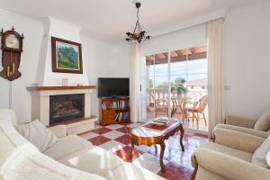 Llebeig-Palmeras, Holiday homes  Urbanicacion ses palmeres - big - 14