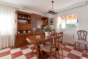 Llebeig-Palmeras, Holiday homes  Urbanicacion ses palmeres - big - 13