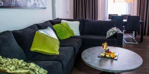 Best Western Plus Village Park Inn, Hotel  Calgary - big - 16