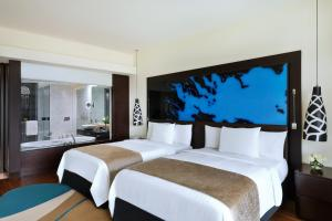 Deluxe King or Double Room with Resort View