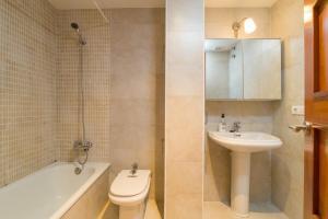 Costabravaforrent Pocafarina, Apartments  L'Escala - big - 47