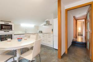 Costabravaforrent Pocafarina, Apartments  L'Escala - big - 23