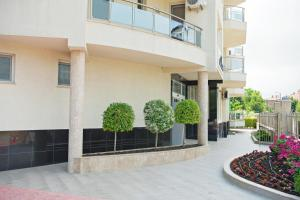 Family Hotel Adena, Hotely  Chernomorets - big - 34