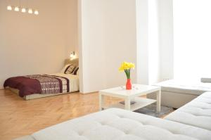 Palace District flat, Apartmanok  Budapest - big - 11