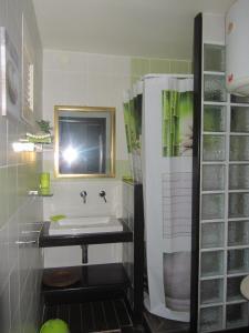 Appartement Standing Gosier, Apartmány  Mare Gaillard - big - 10