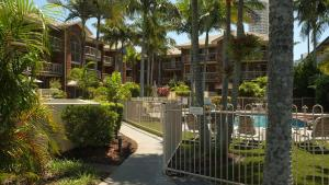 Oceanside Cove Holiday Apartments