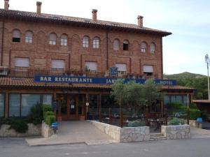 Hotel Jakue, Hotel  Puente la Reina - big - 29