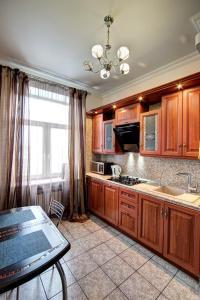 Apartment Kutuzoff Metro Kutuzovskaya, Apartmány  Moskva - big - 12
