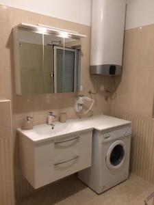 Apartment Pavica, Апартаменты  Нови-Винодолски - big - 25