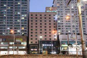 Theme Park Tourist Hotel