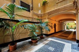 H&H Home, Apartments  Rome - big - 5