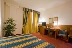 Hotel Master, Hotely  Turín - big - 3