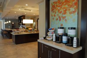 Hilton Garden Inn Charlotte/Concord, Hotels  Concord - big - 50