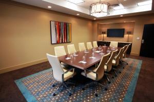 Hilton Garden Inn Charlotte/Concord, Hotels  Concord - big - 53