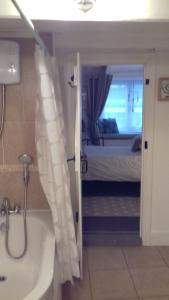 Holly Cottage Vintage B&B, Bed and breakfasts  Mevagissey - big - 17