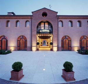 Hotel La Cantina, Отели  Medolla - big - 11