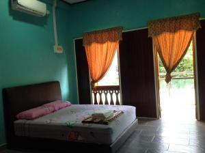 Villa Sri Tebengau, Дома для отпуска  Куах - big - 4