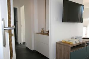 Les Eucalyptus, Апартаменты  Кань-сюр-Мер - big - 10